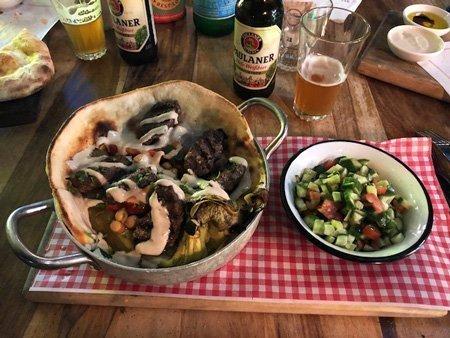 Kebab israeliano